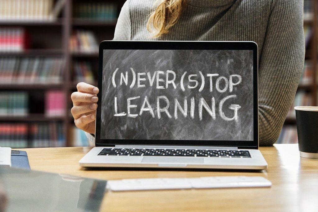 learn-3653430_1920